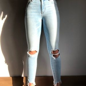 American Eagle super stretch light ripped jeans 0